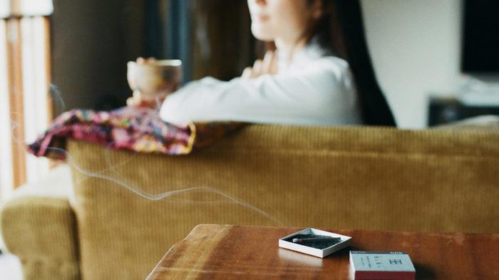家事に、育児に、仕事に…忙しい日々の中で、ふと優しい香りに包まれた時、きっと人はそれだけで、心癒されるもの。今回は、そんな和みの香りを新しいカタチで提案してくれる【hibi】をご紹介したいと思います。