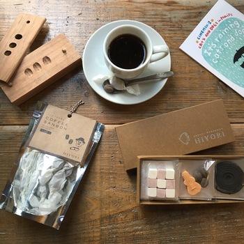 今では珍しく貴重になった伝統の技に、瀬戸内の自然と現代的な要素をミックスしてつくられる「HIYORI」の和三盆。コーヒーに合う商品も販売中♪新しくて懐かしい、HIYORIの和三盆をご紹介します。