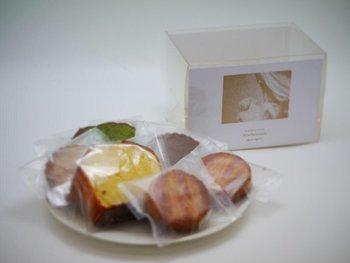 Lamp harajukuで限定販売されている焼き菓子の詰め合わせボックス専門の新ライン「Collage(コラージュ)」です。その名のとおりNowheremanの世界観をコラージュしてパッケージングされています。大人気でいつもあっという間に完売してしまいます。