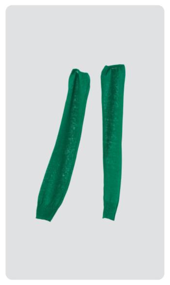 『sode フレンチリネン』  ア-ムカバーシリーズのsodeも登場。手の甲から二の腕までをすっぽりカバーする長さで、車の運転やレジャーの時など紫外線を強く浴びる夏の腕をカバーします。冷房対策にも使えるアイテムです。