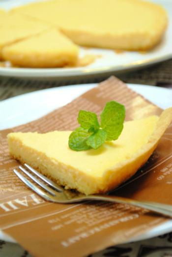 中のフィリングは生クリームの代わりに、アイスクリームを使用すると簡単にできます。