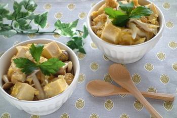 ちょっと忙しい時にも、簡単に作れる丼レシピです。手間暇かけずに、ボリュームある一品が作れますよ。