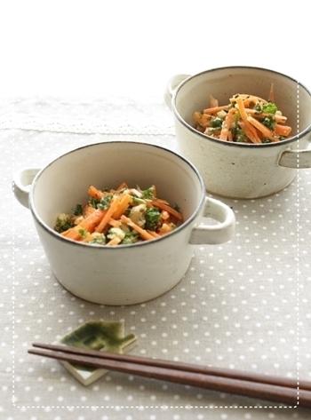パセリと人参のマリネは栄養価もとても高く、彩りも鮮やかなのでお弁当に入れるのも良さそう。