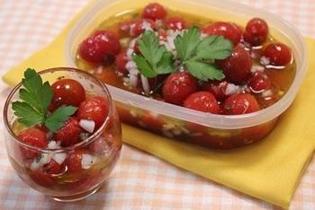 日にちが経つほど美味しくなる簡単マリネは作り置きにぴったり!シャキシャキ玉ねぎがアクセントになります。
