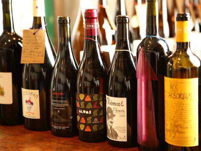 ワインのことがわからなくても、お店の方が親切に教えてくれます。ワインが苦手な方でもハマるという自然派ワインを、ぜひ味わってみてくださいね♪