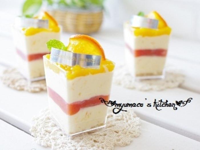 オレンジとチーズの層が綺麗なアイスケーキ。アイスの材料にクリームチーズをプラスして、一から作る本格派レシピです。爽やかなオレンジの香りがとても夏らしくて素敵です♪