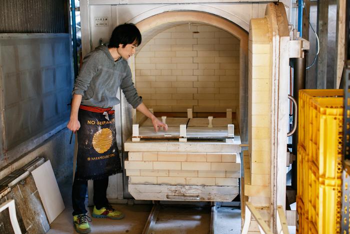 3年ほど前に移って来たという工房を案内してくれる久保田さん