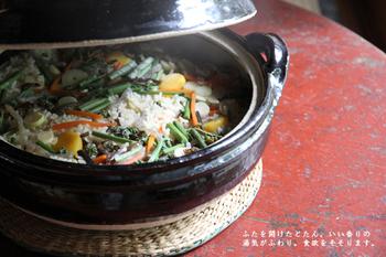 冬にはお鍋料理で大活躍の土鍋ですが、夏だって大活躍!あえて暑い夏にお鍋を楽しんでもいいですし、アレンジレシピだって豊富なんです。