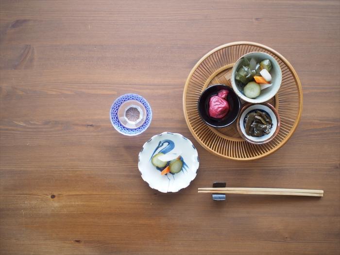 毎日の食卓にお漬物、登場していますか?お漬物は野菜もとれて、発酵などの効果によるその他の栄養成分にも恵まれた、日本の知恵です。暑くなる季節には、抗菌効果のあるお酢が一緒に摂れる酢漬けなんかもいいですね。日本の食事習慣が見直される中で、今注目したい新しいスタイルのお漬物が今回ご紹介する「奈良ピックルス」です。