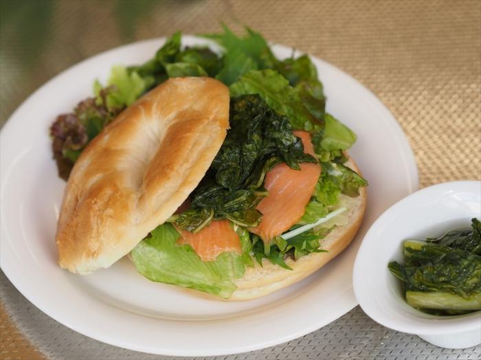 白いご飯や和食のお供にはもちろん、パンに挟んでも美味しいんです。シャキシャキした触感と酸味がサンドイッチの具にぴったりです。