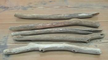 流木アート工房「レットイットビー」さんでは、加工済みの流木を販売中。コレならお手軽に流木インテリアにチャレンジできますね◎