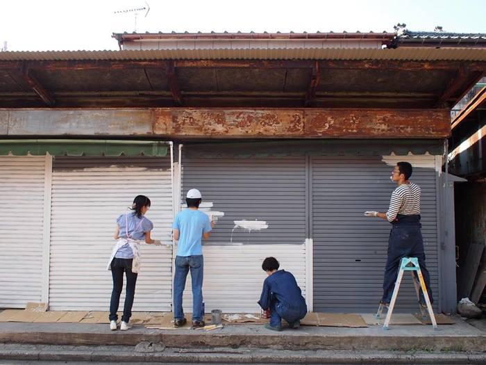 時代と共に寂れてしまった「沼垂市場」。そんな中、2010年から少しずつカフェや雑貨店がオープンしていきました。