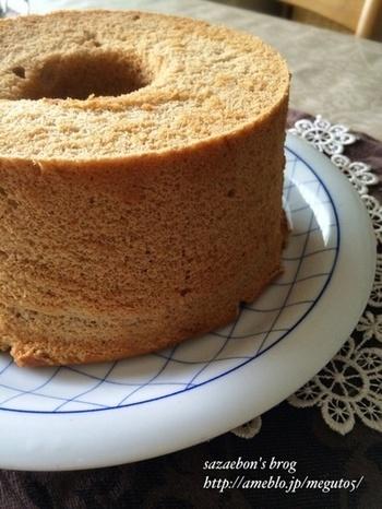 ふわふわシフォンケーキにも。ルイボスの香りがたつおすすめスイーツです。