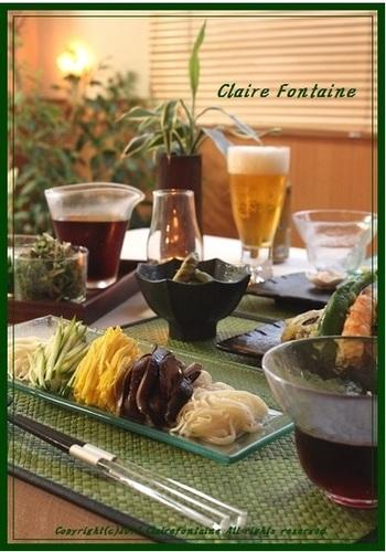 ・トッピング色々!ごち素麺 ・天ぷら ・焼き枝豆  食欲のない夏にさっぱり食べられるメニューですね。