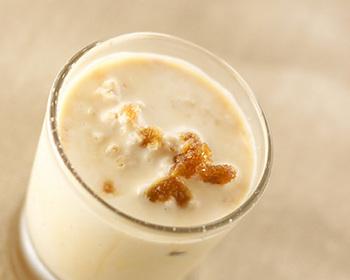 ●グラニテ・オ・レ  アイスコーヒーをひと工夫してシャリシャリのグラニテに。夏はこんなカフェオレも良いですね♪