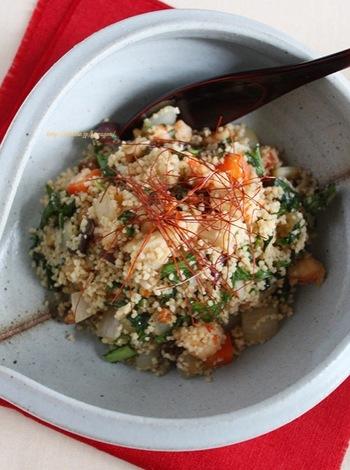 洋風だけじゃなく中華風もいけちゃうとっても便利な食材クスクス。これは新しい発見ですね!