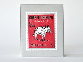 レッドの「エチオピアブレンド」はすっきり爽やかなブレンドコーヒー。あっさりめが好きな方におすすめです。