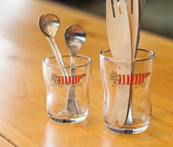 カトラリースタンドとしても大活躍♪子供から大人まで、家族みんなで使える可愛いグラスです。