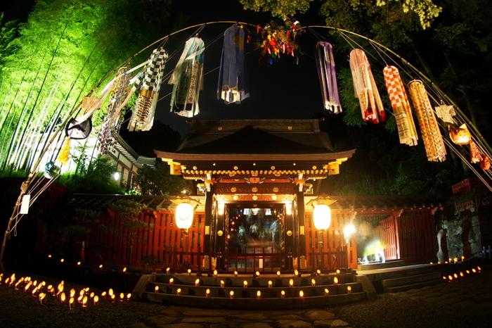 仙台藩祖である伊達政宗公を祀る霊廟「瑞鳳殿」。こちらも七夕まつりの期間中は「瑞鳳殿七夕ナイト」と称して夜間のライトアップがあります。