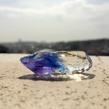 どの世代の女の子も大好きなのは、光に透ける透明感ですよね。  そんな昔からの憧れや夢がいっぱい詰まった宝石や天然石が、自分で作れるとしたら・・・素敵じゃありませんか?