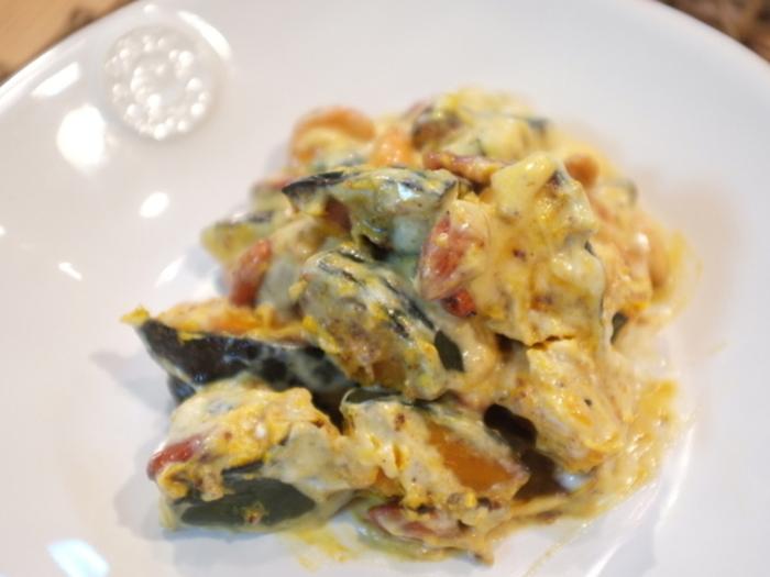 ナッツのはちみつ漬けとリコッタチーズを使った、デリ風かぼちゃサラダ。コクがあって、しかも簡単にできる本格派サラダです。