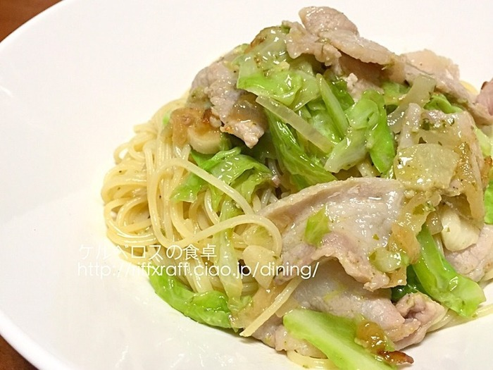 パスタなのにお野菜がたっぷり食べられる嬉しいレシピ。休日のランチにピッタリ。