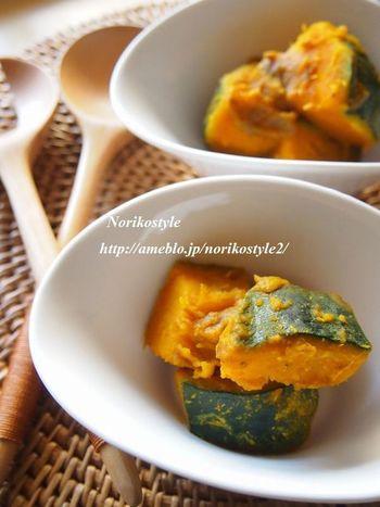 かぼちゃの煮物も、カレーを加えるだけで甘みがピリッと引き締まります。たまにはカレー味の煮物もいいでしょ?