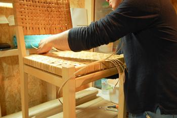 ビンテージ家具は傷や汚れが気になるもの。taloでは、販売前に家具のメンテナンスをしてくれるから安心です。また、購入した家具は使用期間を問わず修理をしてくれるそうです。充実のアフターサービスで安心ですね。