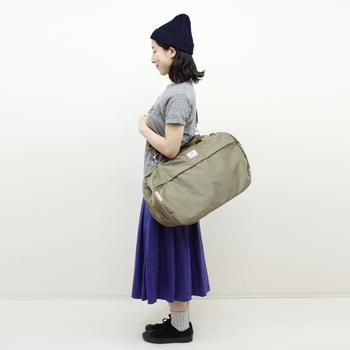 日本製・ハンドメイドにこだわったブランド「BAGnNOUN(バッグンナウン)」のボストンバッグ。機能性・実用性を何より優先して作られたバッグだからこそ、移動の多い旅に最適です。