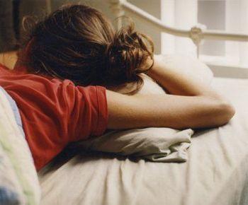 人は寝ている間にも多量の汗をかいていますが、暑い日となれば汗の量はさらに増えます。 起きた時には脱水症状になっていて熱中症に…なんてことも。  夏に限りませんが、睡眠は健康な身体を作るのに重要なことのひとつなので、快眠ができる環境を作るためにも取り入れていただきたいですね。
