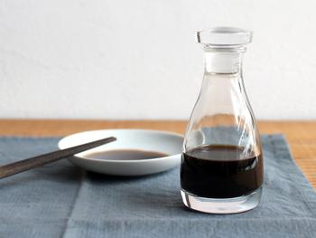 納豆、お刺身、焼き魚…和食には欠かせないお醤油。毎日の食卓をさらに心地いものにしてくれる、こんな醤油さしはいかがでしょうか?