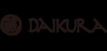 2011年12月に創設された備前焼の作品を制作・販売するブランド「DAIKURA(ダイクラ)」。備前焼の作家、小川秀蔵と小川弘蔵、窯元「趣工房」の作品を通信販売するために作られ、「DAIKURA」ブランドの新商品開発にも意欲的に取り組んでいます。