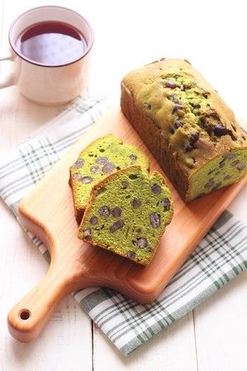 緑色が鮮やかな和のスイーツです。きび砂糖を使って、ほっとする味わいに。