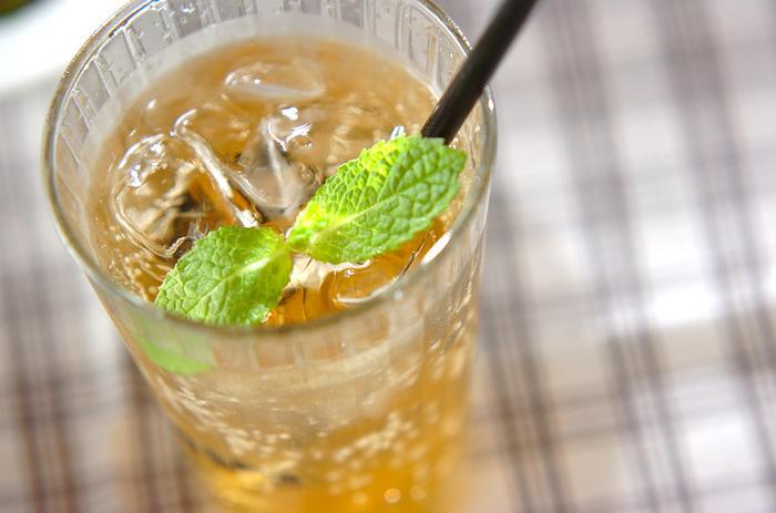ジンジャーエールとユズジャムを組み合わせたその名も「ユズエール」。爽やかな柑橘の香りのスカッとした味わいがたのしめます。