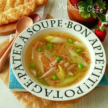 プチプチ食感の楽しいブラウンライスと長ネギとベーコンとツナの栄養満点ヘルシースープ♪ダイエット中の人にもおすすめです。