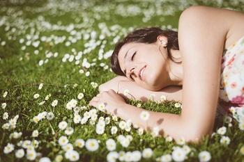 「ヒフミド」は、無香料・無着色、パラベン・エタノール不使用、低刺激性、アレルギーテスト済み。良さそうなのに、敏感肌で使えない・・・とあきらめてきた方でも、安心して使用することができます。