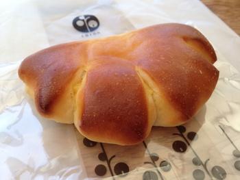 人気のクリームパンのカスタードも自家製です。