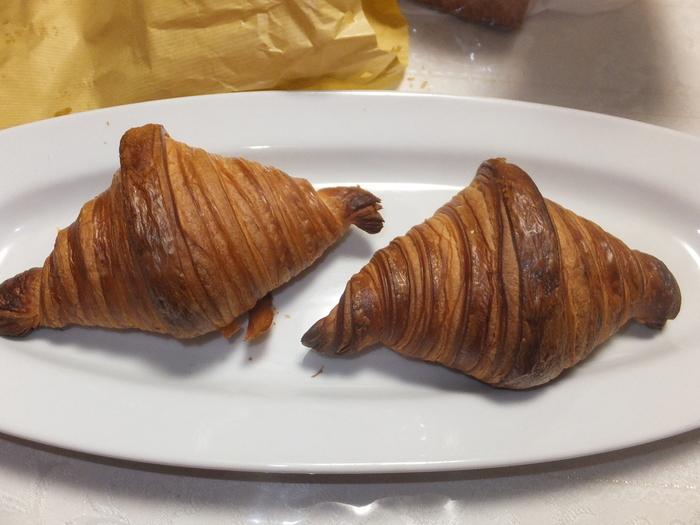 ハード系はもちろん、美しく巻き上げられたクロワッサンもおすすめです。 また、店内からは札幌市内を一望できるので、パンと市内の絶景を味わいに訪れたいお店です。