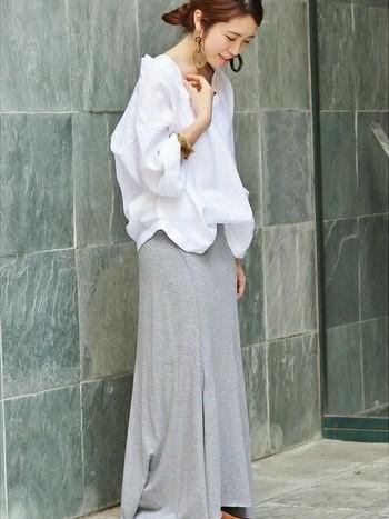 難しくないよ!流行りの「オーバーサイズシャツ」でゆったり女性らしく魅せる夏コーデ