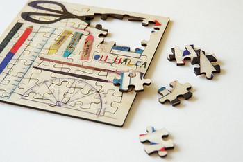 こちらは、写真を持参or店内のiPadでデザインを描いていオリジナルのパズルが作れるキット。