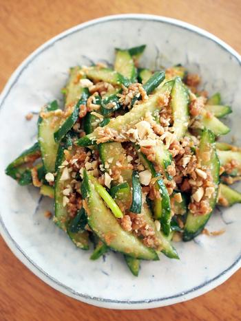 切って混ぜるだけの火いらずレシピ!エスニックな味わいでキュウリをもりもり食べられますよ。