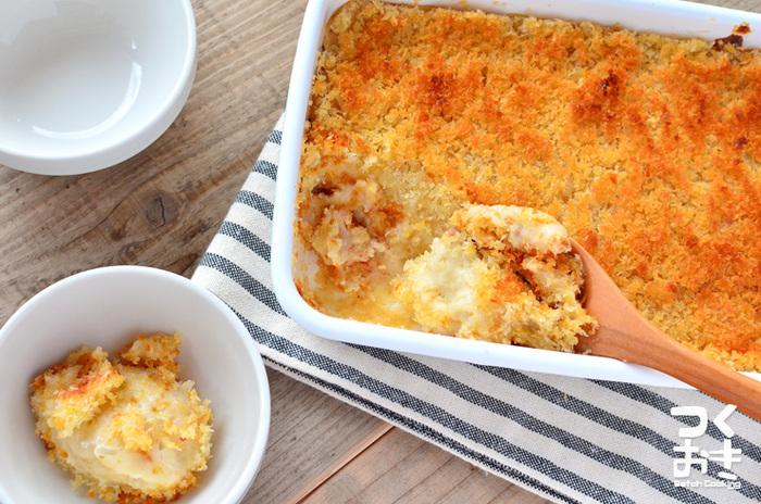 サクサクのカニクリーム風コロッケを作ってみませんか?成形なし&揚げなしの失敗しないスコップコロッケのレシピです。