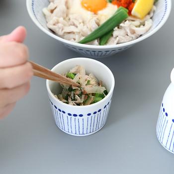 また、小鉢そしても使える【蕎麦ちょこ】や【汁差し】もおすすめ。小鉢には緑色のお野菜が合いそうですね。