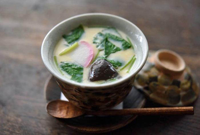 おすし屋さんに行くと必ずある「茶碗蒸し」。大人も子供もみんな喜ぶレシピです。