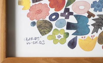 """鳥たちが心地良くさえずるように、一つひとつの作品が体を通じて心に伝わるように""""という想いが込められた「BIRDS' WORDS」の作品は、1枚あるだけでお部屋の雰囲気も温かくなりますよ♪"""
