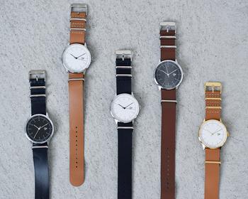 今回は、大人の女性にふさわしいシンプルで上品なレザーベルトの腕時計をご紹介しました。 カジュアルにもきれいめにも合わせやすいレザーベルトの腕時計を秋の装いのアクセントに迎えてみませんか?