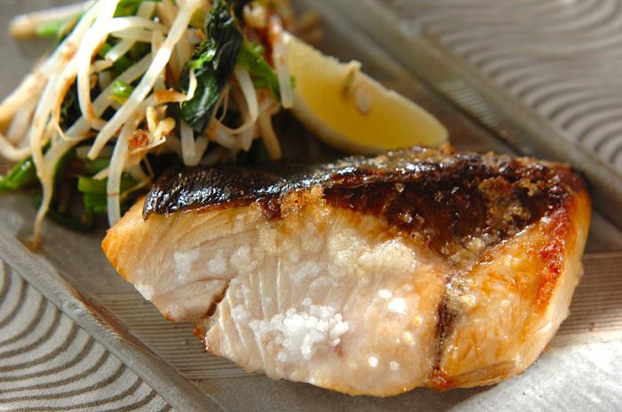 照り焼き以外でも美味しい「焼きぶり」。こちらはシンプルに塩焼きです。旬のお魚は塩を振って焼くだけで美味しいですよね♪