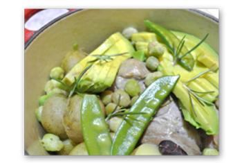 豚ロース肉のリモンチェッロ煮。すっきりした味わいで、お肉はジューシーに柔らかく仕上がります。
