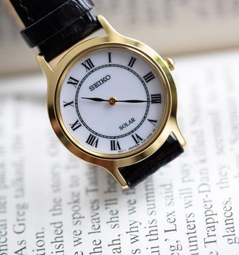1881年創業以来、日本国産として初めての自動巻き時計や世界で初めてクォーツ式時計の商品化など、革新的なウォッチの数々を世に送り出してきたSEIKO(セイコー)。海外での評価が高い時計メーカーであるSEIKOは、日本では正規発売していない様々なモデルを世界各国でリリースしています。