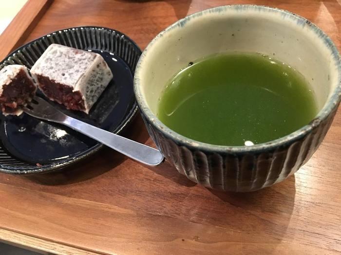 * * * 鹿児島発の誠実なお茶屋さん、すすむ屋茶店はいかがでしたか? せっかく日本人に生まれたのですから、美味しいお茶の味わいが分かる大人になりたいですよね。繊細なお味の違いを知って、好みのお茶を探してみましょう。これからの暮らしがワンランクアップすること間違いなしです!